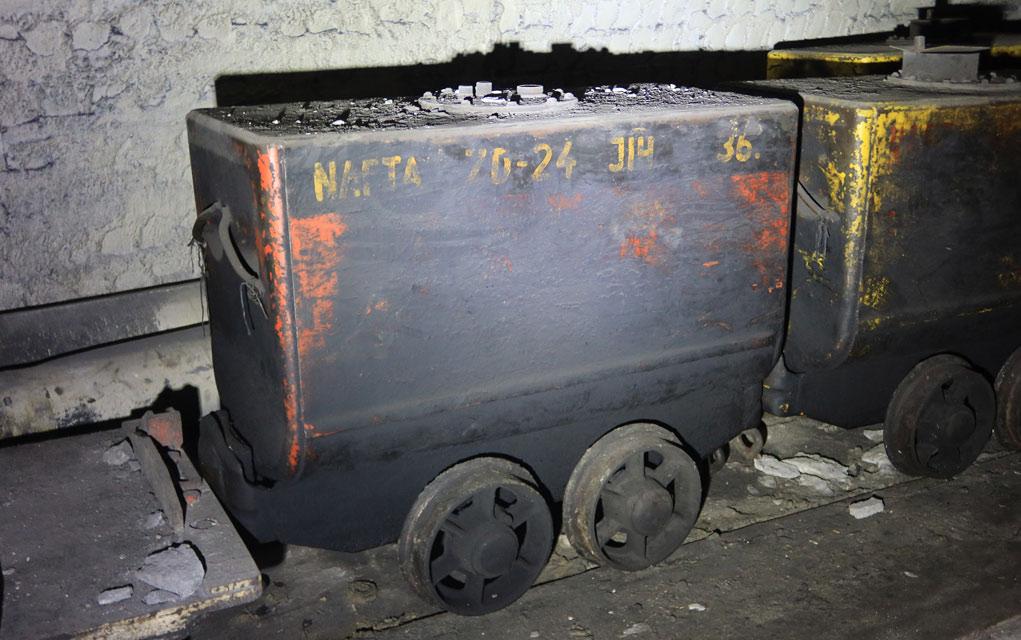 Důlní vůz pro dopravu nafty