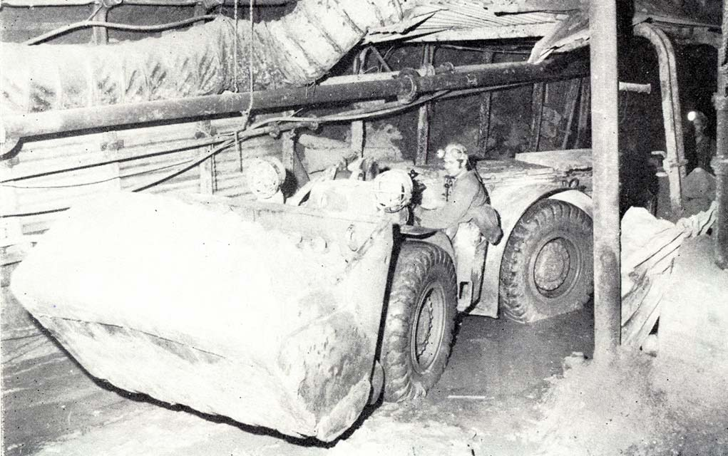 Prepravnikovy-nakladac-LF-4
